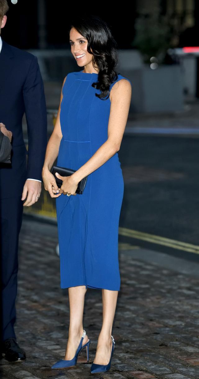 Meghan Markle blue dress