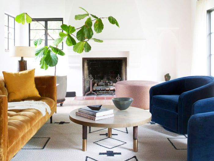You May Be Making A Mistake When Choosing An Area Rug Size Mydomaine