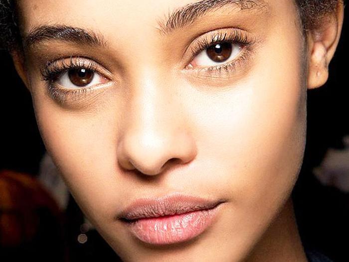 3 Eyeliner Tricks For Girls With Small Eyes Byrdie