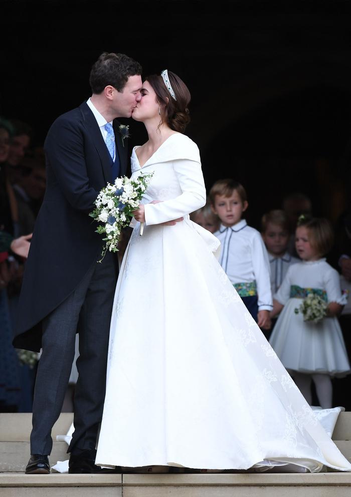 Princess Eugenie's Princess Wedding Dress Was Such a Curveball