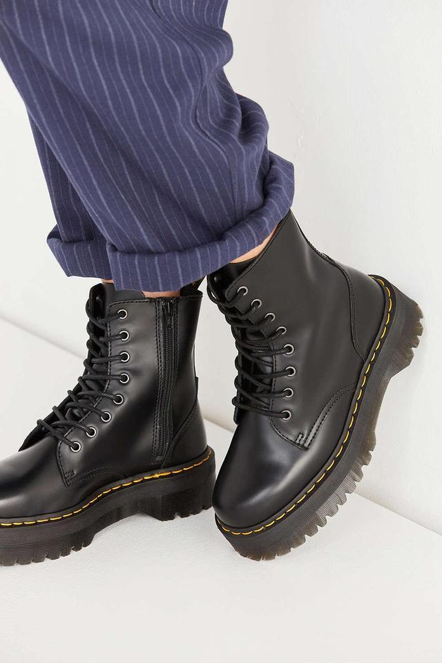Jadon Platform 8-Eye Boots