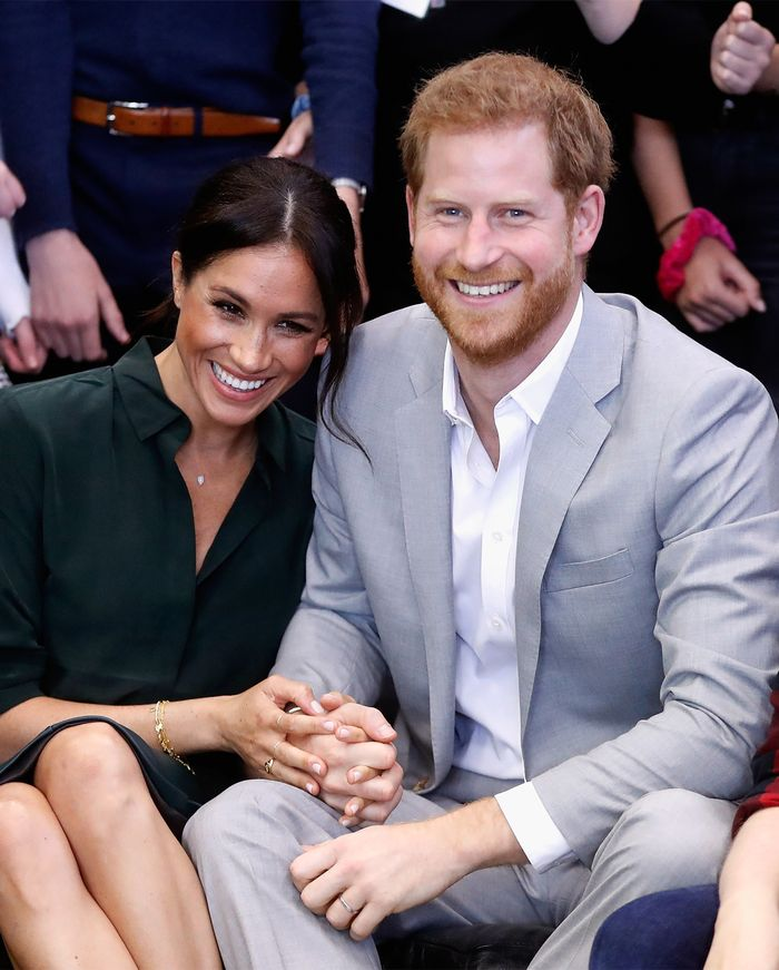 Meghan Markle Just Announced She's Pregnant With Her First Child