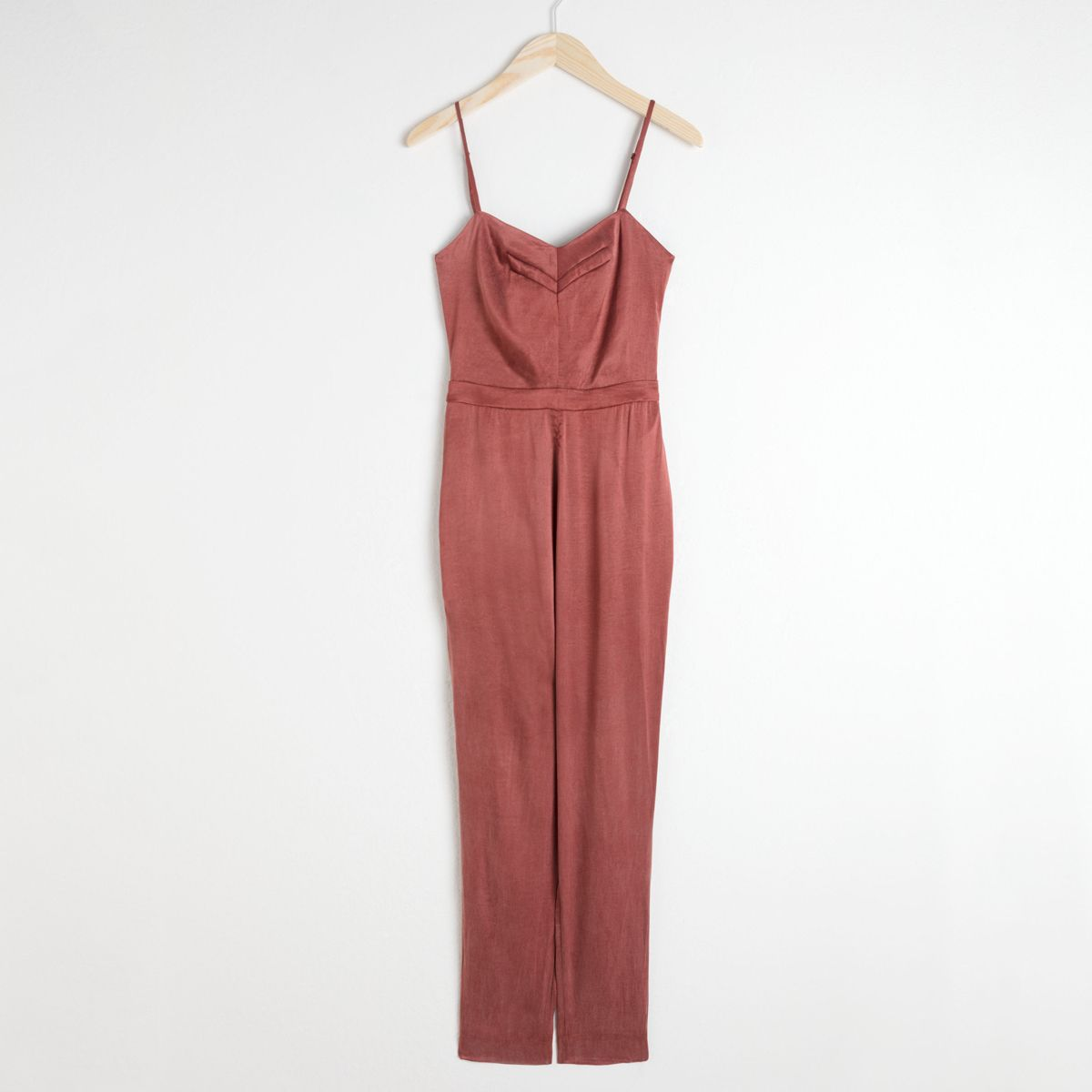 I Was a Diehard Dress Person Until I Saw These Party Jumpsuits