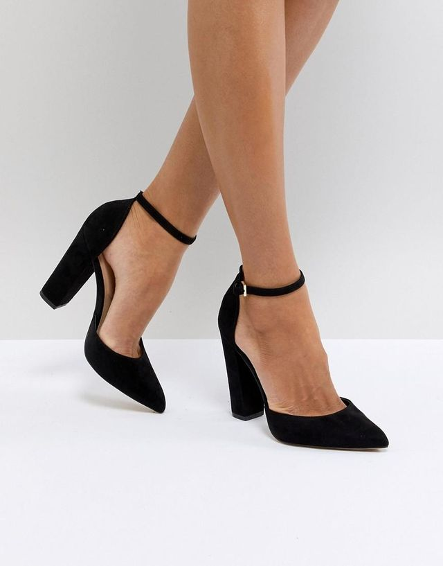 Nicholes Black Ankle Strap High Heeled Pointed Shoes