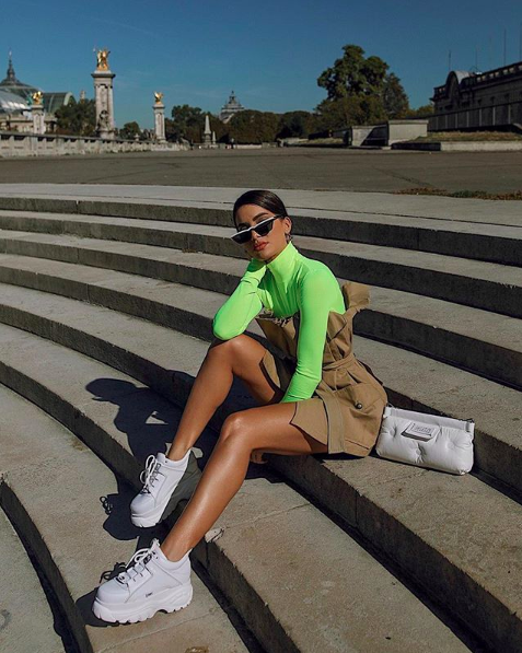 Simple neon outfit