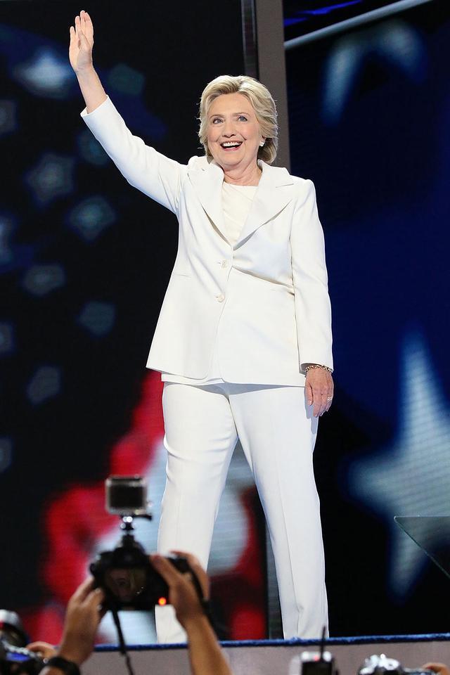 Hillary Clinton Empowering Halloween Costume