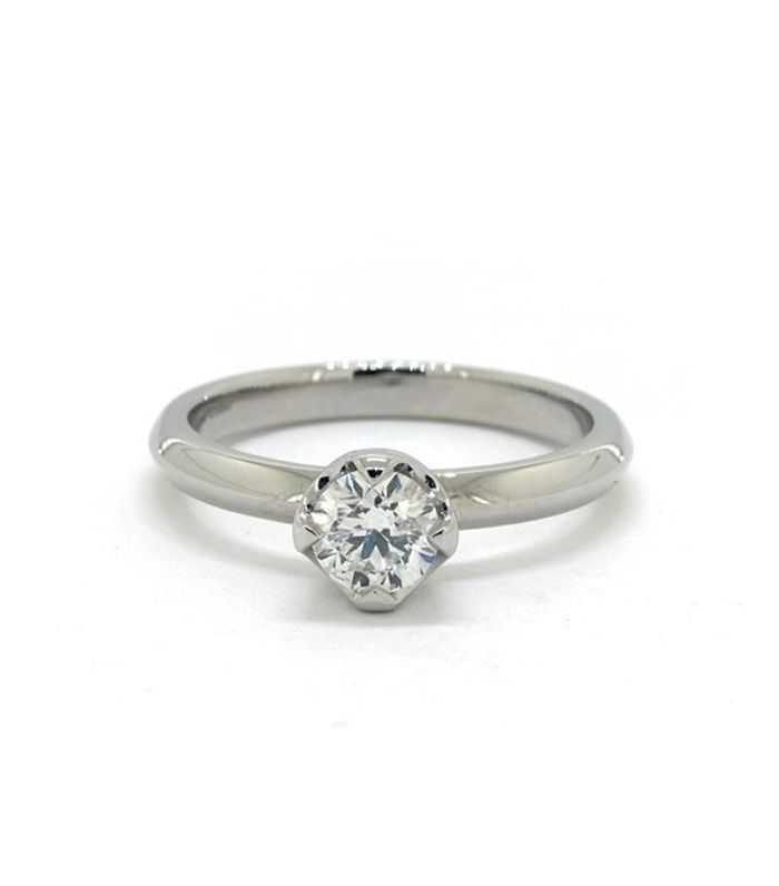 4b6409e3ad9f5 How to Pick Out Flattering Engagement Rings | Who What Wear