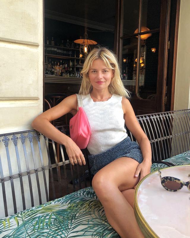 French handbag wardrobe: Prada hobo