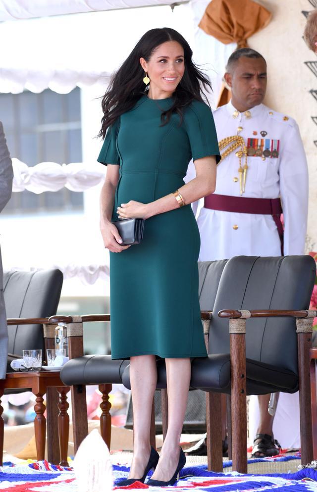 maternity holiday green dresses