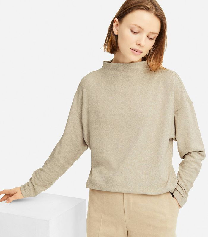 This Cozy Fleece Is Uniqlo S Best Item Who What Wear