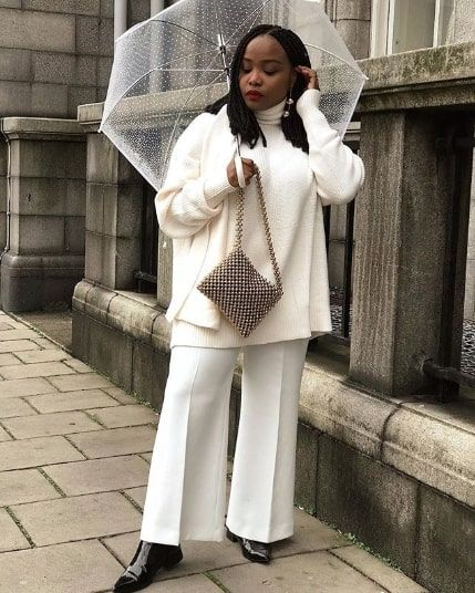 f2711d3a421 15 All-White Winter Outfits That Are Anything But Boring