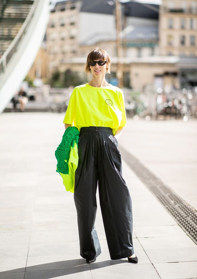 How to Pull Off the Neon Fashion Trend: Tee