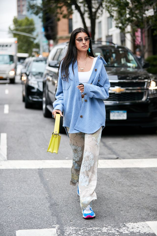 How to Pull Off the Neon Fashion Trend: Bag