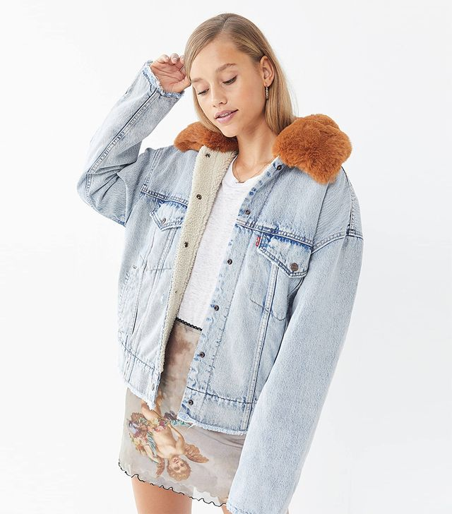 Levi's Oversized Denim Sherpa Trucker Jacket
