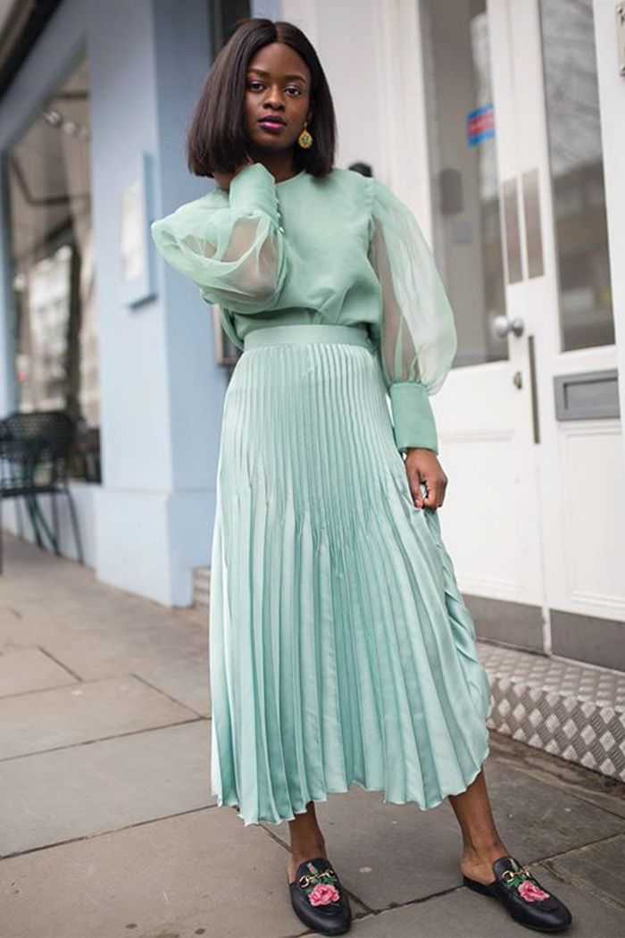 Pleated Skirt Outfits How To Style Them In 2019 Who
