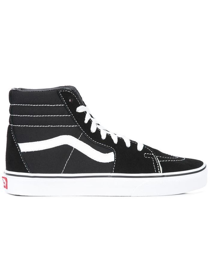 It Girls Can t Stop Wearing These High-Top-Vans Outfits  4fa194bd2