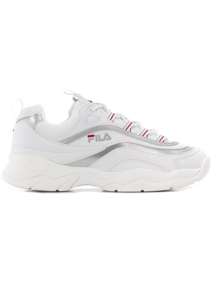 10 Fila Sneaker Outfits Everyone Will Be Wearing | Who What Wear