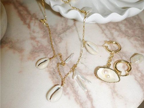 affordable trendy necklaces