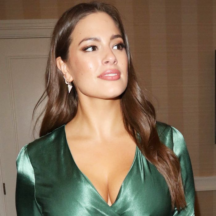 63ddb57037 Shop Ashley Graham's Affordable Red Carpet Look | Who What Wear