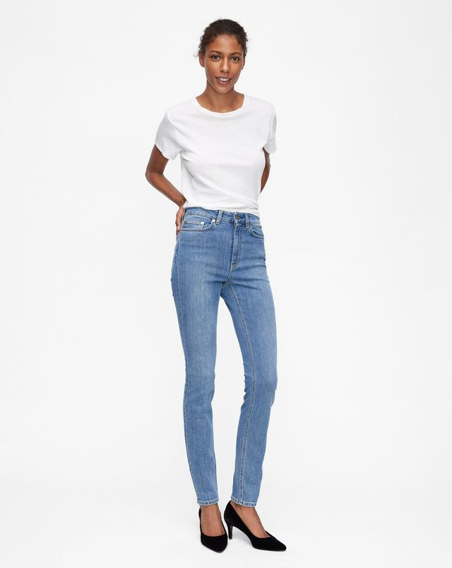 Filippa K Vicky Washed Jeans in Mid Blue