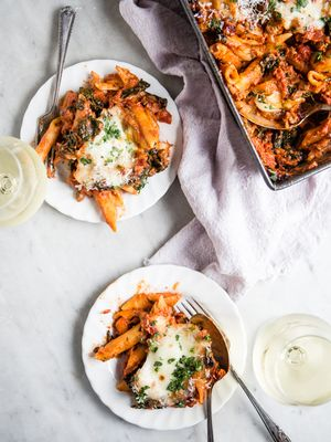 15 Pasta Recipes So Simple You'll Think You Ordered In