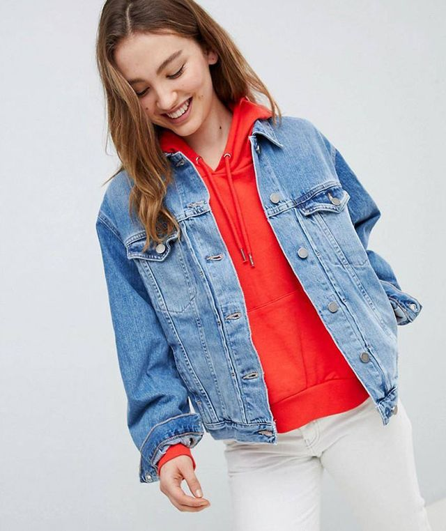 denim girlfriend jacket in lightwash blue