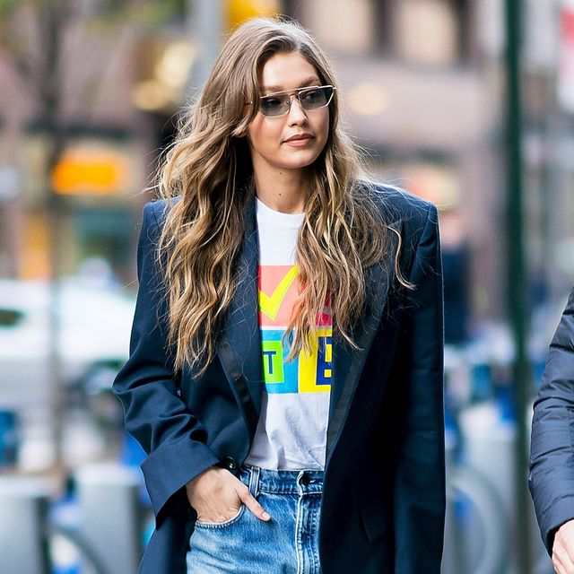 Gigi Hadid Wore the Anti–Skinny Jean Trend That's Getting All the Buzz