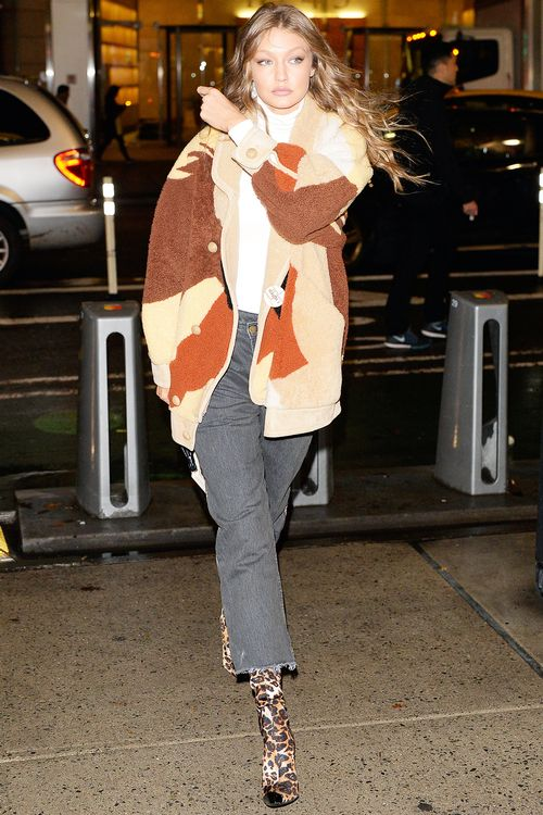 celebrity-winter-outfits-271867-1541698275556-image.500x0c.jpg (500×750)