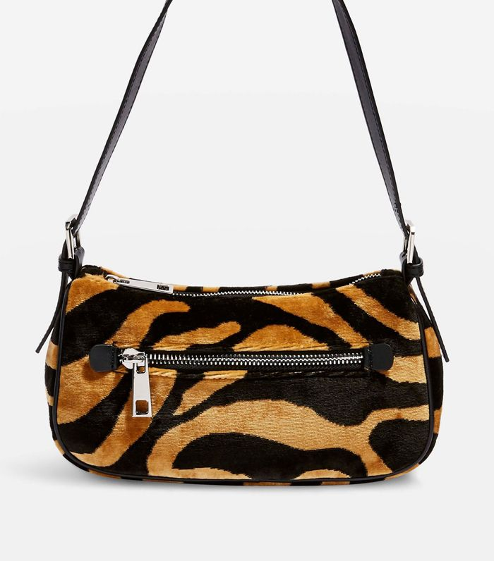 094f213a1ba Best Shoulder Bags: From Vintage '90s Styles to New Brands | Who ...
