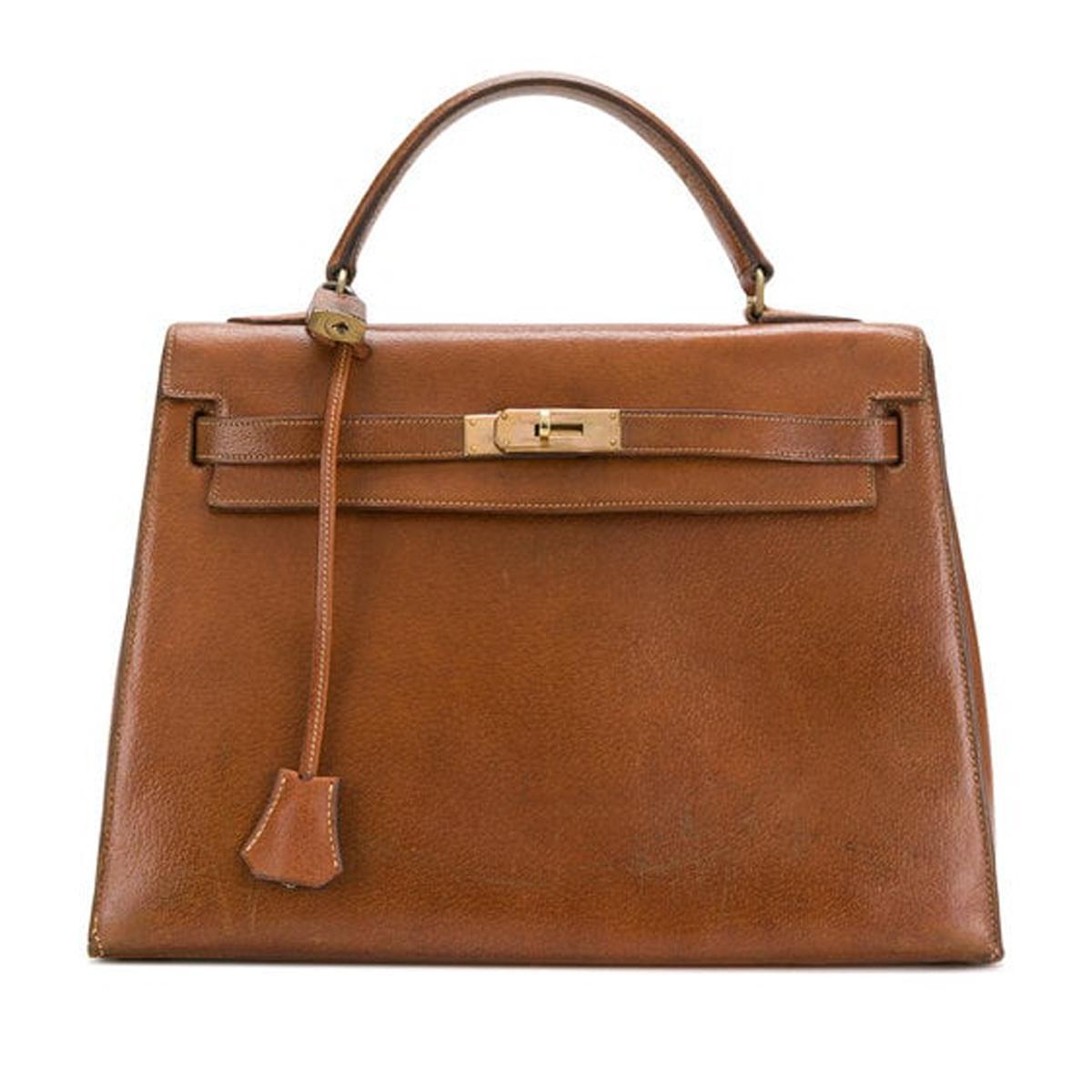 classic-designer-handbag-brands-271996-1541601310857-product.1200x0c.jpg (1200×1200)