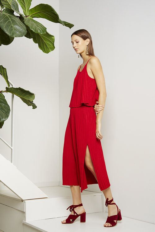 red knit pleated skirts
