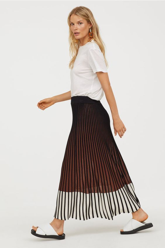 ribbed knit pleated skirts