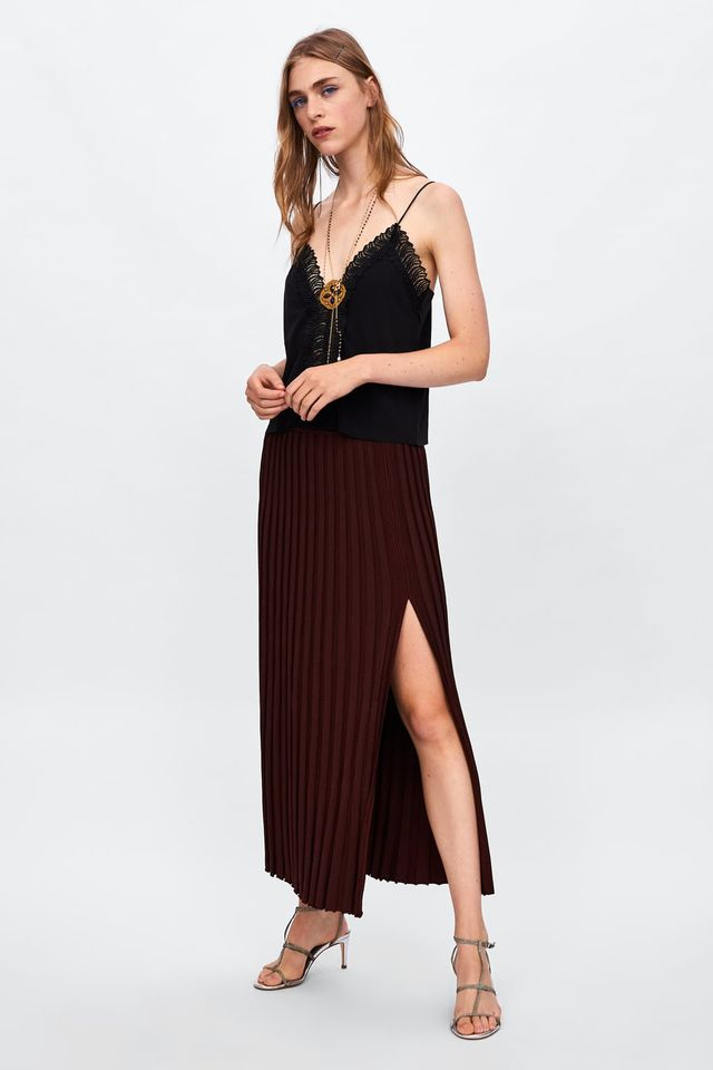 knit pleated skirts with vent