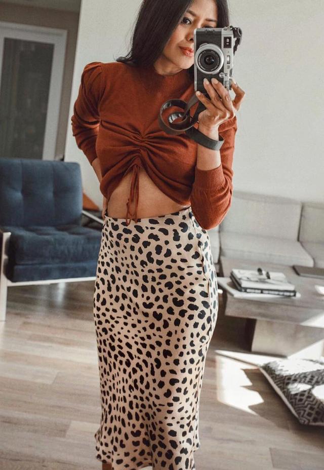 """<p>Pictured:<a href=""""https://www.instagram.com/walkinwonderland/"""" target=""""_blank"""">Sheryl Luke</a>in a sweater designed by fellow blogger <a href=""""https://www.instagram.com/chrisellelim/""""..."""