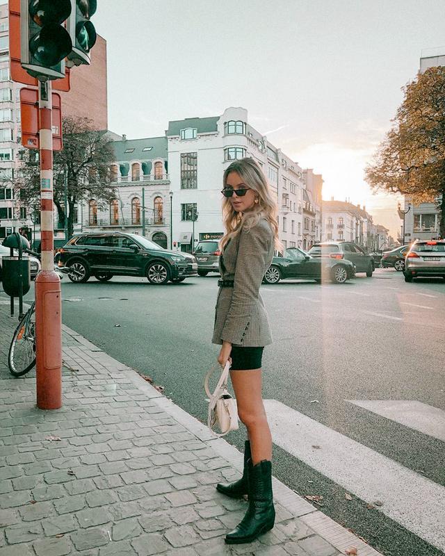 Bike Shorts Street Style @moderosaofficial