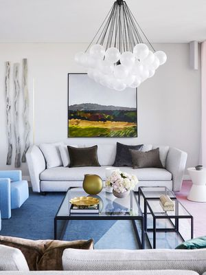 8 Living Rooms That Will Make You Want to Experiment With Colour