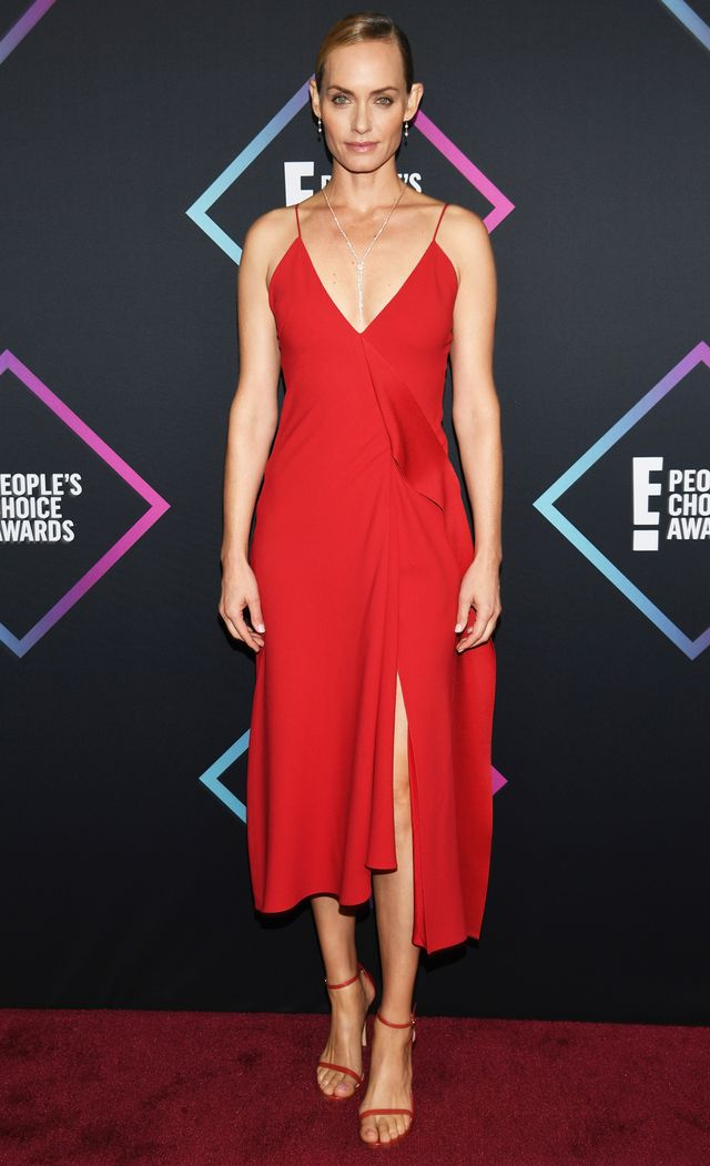 Amber Valletta 2018 People's Choice Awards outfit