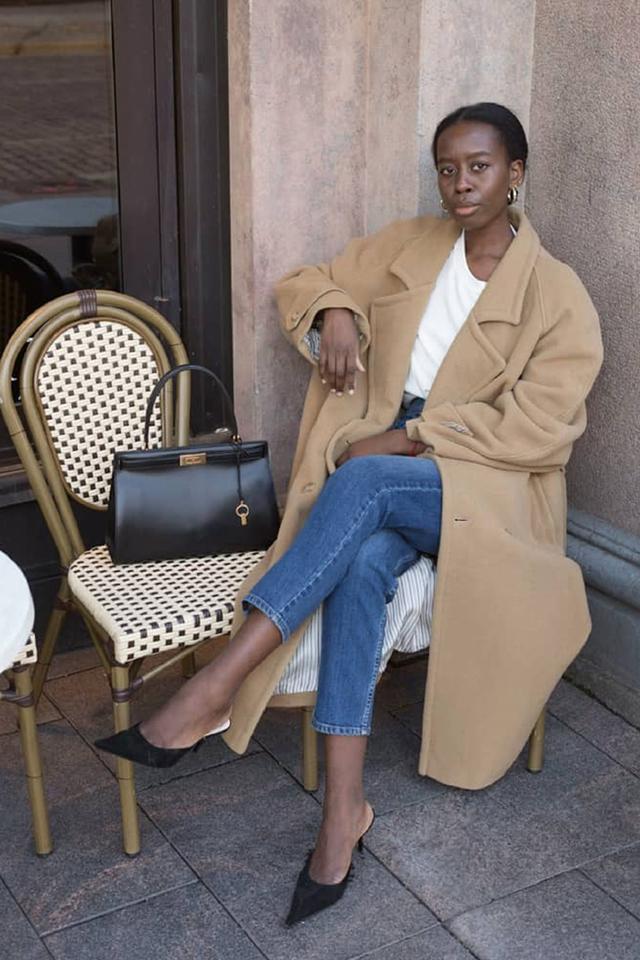 black friday shopping for minimal style