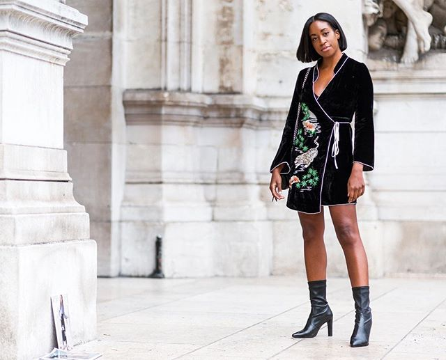 easy last-minute New Year's Eve outfits with a wrap dress
