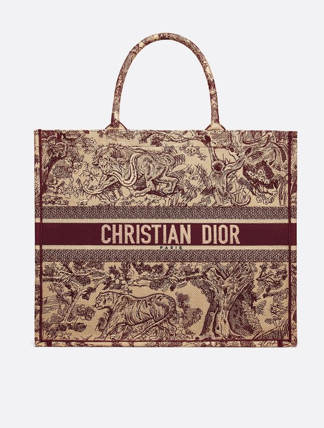 "<p>Dior <a href=""https://www.dior.com/en_us/products/couture-M1286ZTDT_M974_TU-dior-book-tote-toile-de-jouy-bag"" target=""_blank"">Book Tote Toile de Jouy Bag</a> (price upon request)</p> <p>The..."