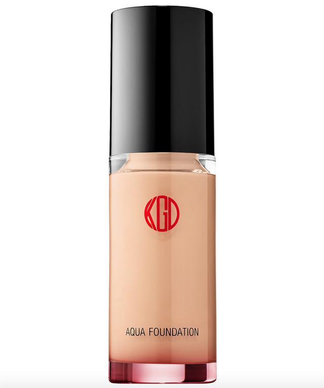 Aqua Foundation 213 1.01 oz/ 30 mL