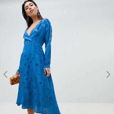 Wrap Maxi dress With Long Sleeve in Jacquard