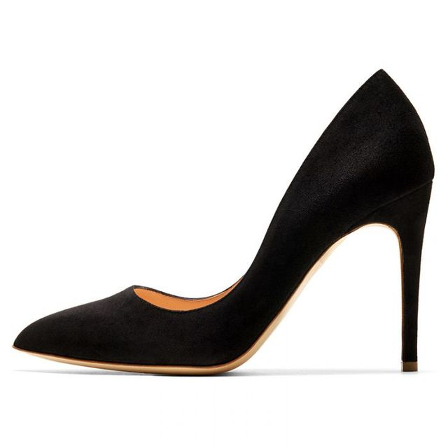 Rupert Sanderson Malory Shoes in Black Suede