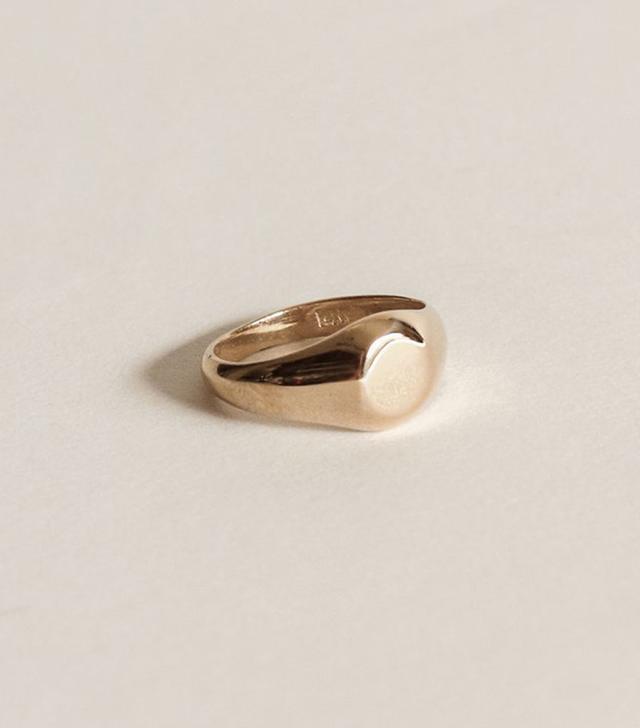 Kinn Medium Signet Ring