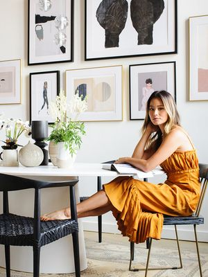 We Can't Believe the Furniture in This Actress's Home Is From Bed Bath & Beyond