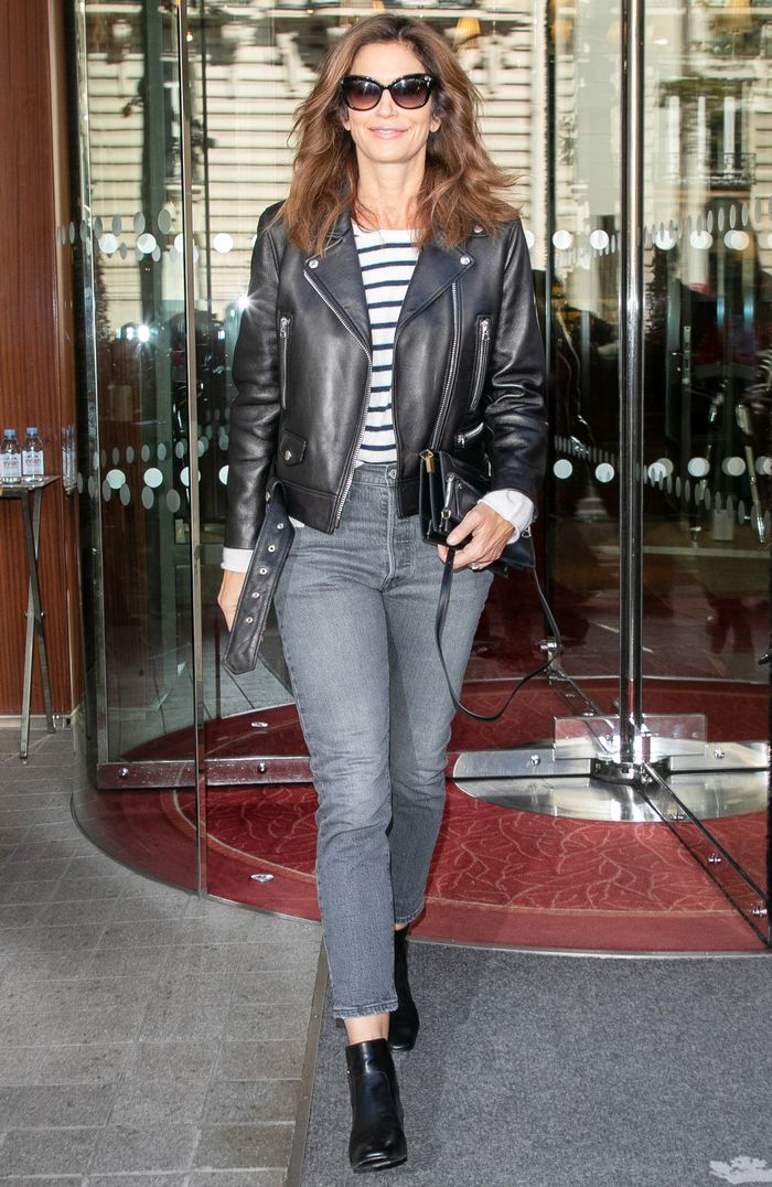 fd940135c How to Style Skinny Jeans Like Cindy Crawford | Who What Wear