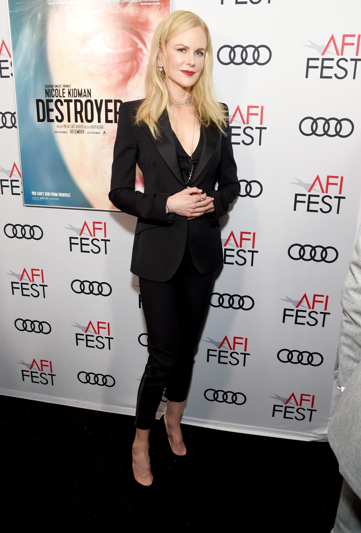 505674ebe6d The  1 Way Nicole Kidman Styles Skinny Jeans