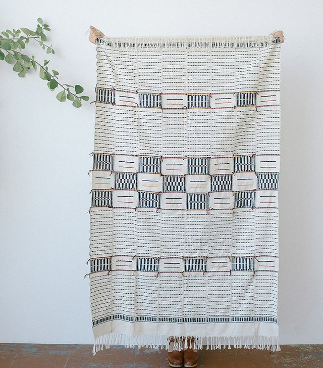 Five and Six Textiles Adjoukrou Blanc Throw