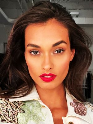 A Day in the Life of Brazilian Supermodel Gizele Oliveira