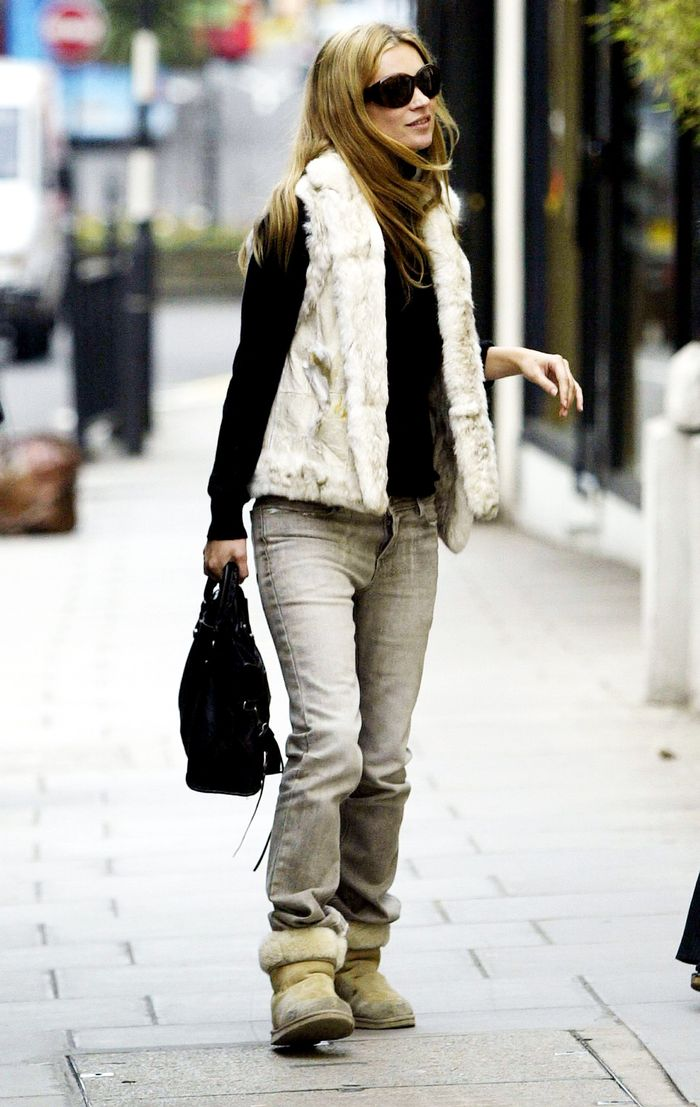 4f1c84c822e How to Wear Ugg Boots Like 2000s Kate Moss | Who What Wear